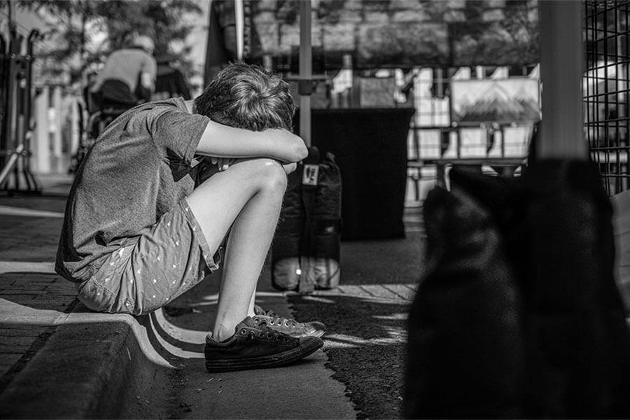 Depressão na adolescência é grave, veja sintomas e como ajudar
